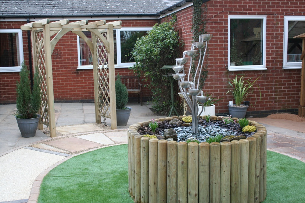 Age uk sensory garden at oadby and wigston sensory for Sensory garden designs