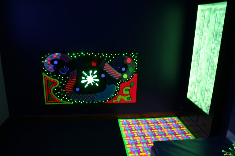 Sensory Dark Room - UV Ripple mat and UV Tactile Panel